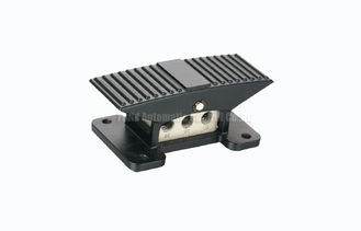 China 0.7Mpa Compact Pneumatic Foot Pedal Valve 3 Position 5 Way , Directional Control Valve supplier