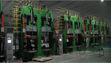 China Heat Resistant Hydraulic Tyre Curing Press With Fully Automatic PLC factory