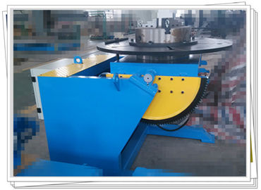 China 3000kg Tilt Rotate Welding Positioner With 3 Jaw Chuck For Pipe Flange Welding factory