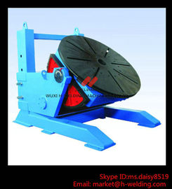 China Height Adjusting Automated Pipe Welding Positioner Turntable For Vessel Loading And Machining factory
