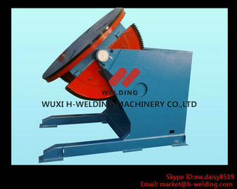 China Automatic Pipe Welding Turning Table With T-Slots for Clamping Work-Piece 300KG factory
